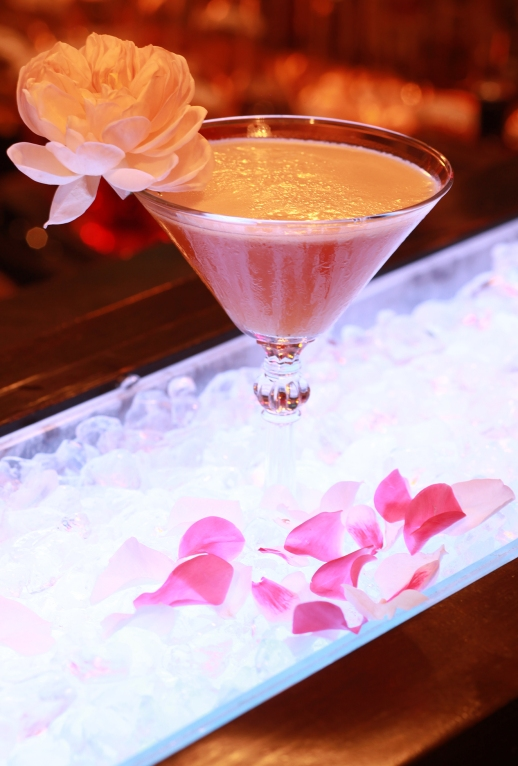 """Earl of flowers"" Cocktail"